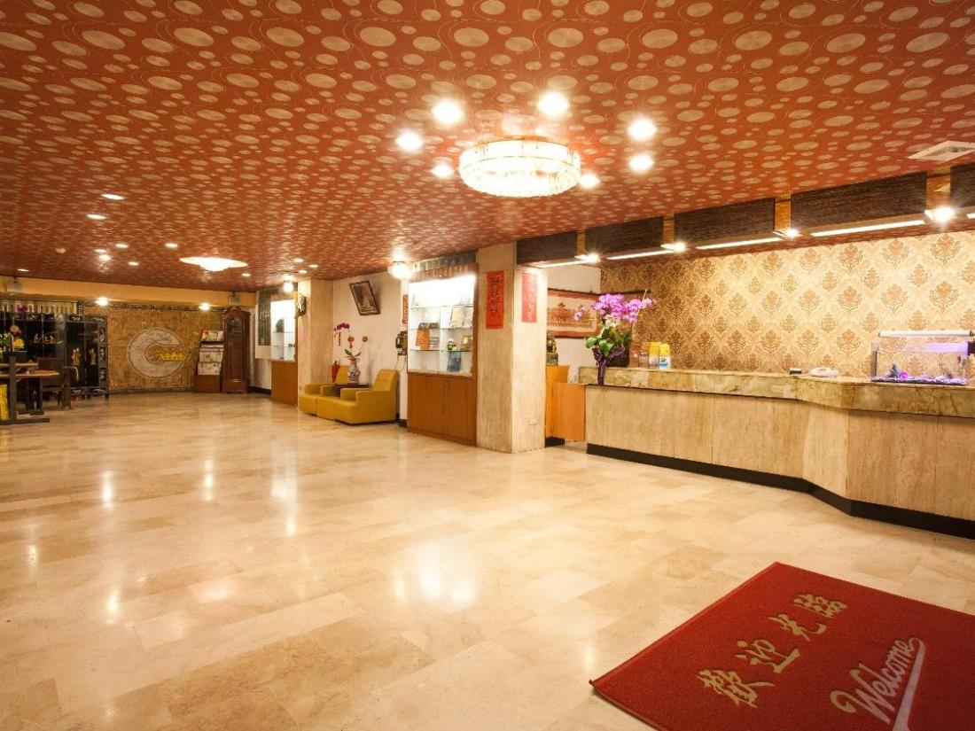 嘉冠大飯店(Chiayi Crown Hotel)