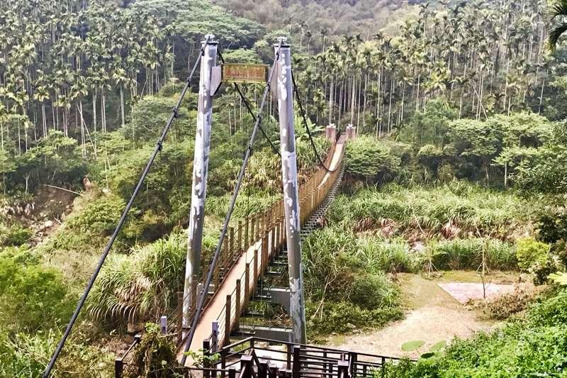 雲林華山溪吊橋(華山小天梯)