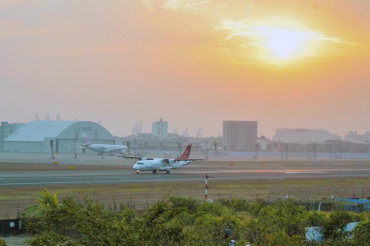 高雄國際機場(小港機場)