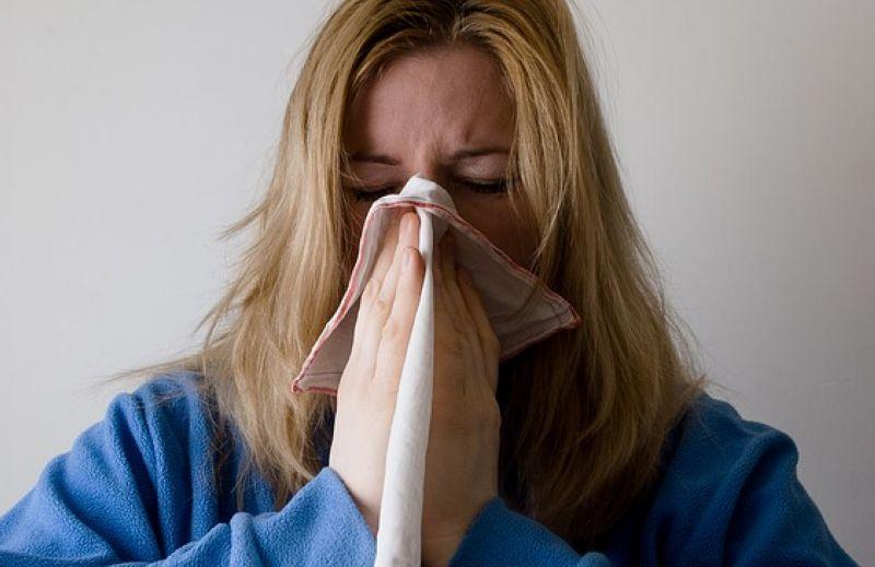 冬天天氣讓人病懨懨離不開被窩,冬天比較容易感冒的「3大原因」