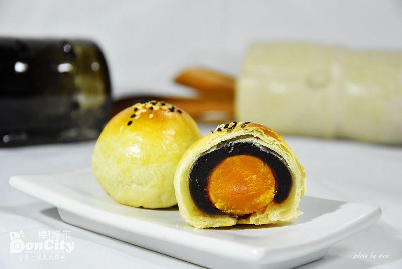 中秋蛋黃酥現夯的特價20元-每日限量出爐搶購中