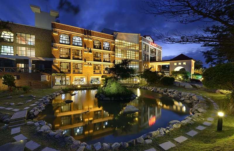 金沙湖畔商務大飯店